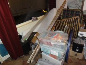 Opruimen van kelder in Haarlem. Dit kon allemaal weg na 3 uur opruimen.